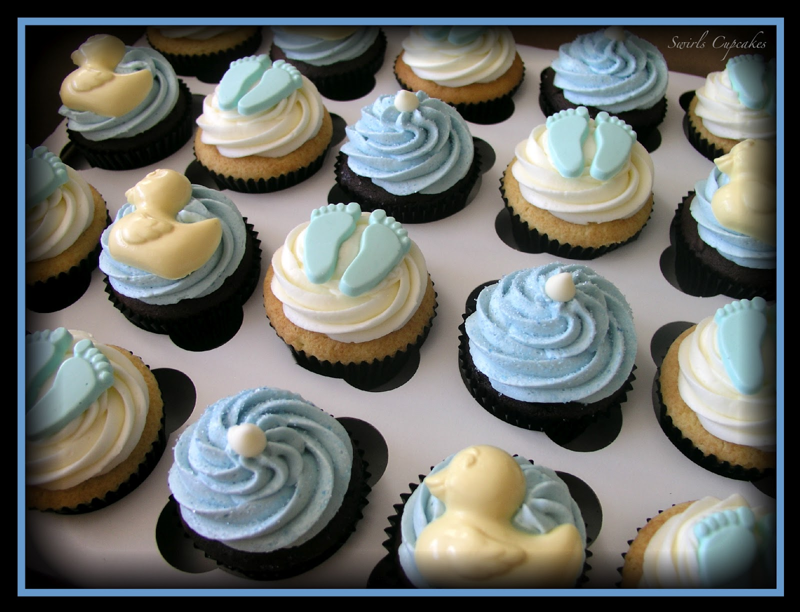 Swirls Cupcakes IT S A BOY Baby Shower Cupcakes