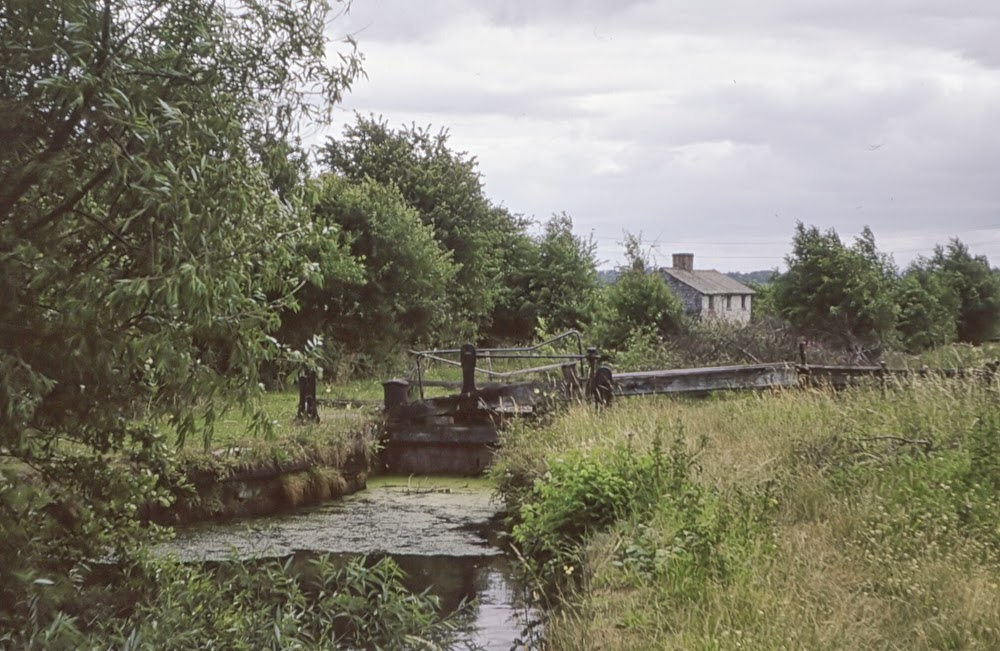 The derelict Frankton locks