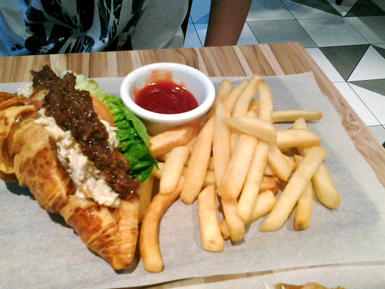 Chicken and Fig Marmalade Sandwich Poulet Singapore
