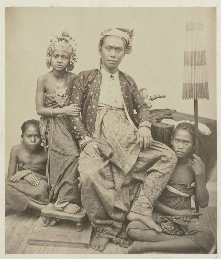 Muke Lu Jauh . Blogspot: Suku Bangsa Indonesia Tempo Dulu - Part 3 -