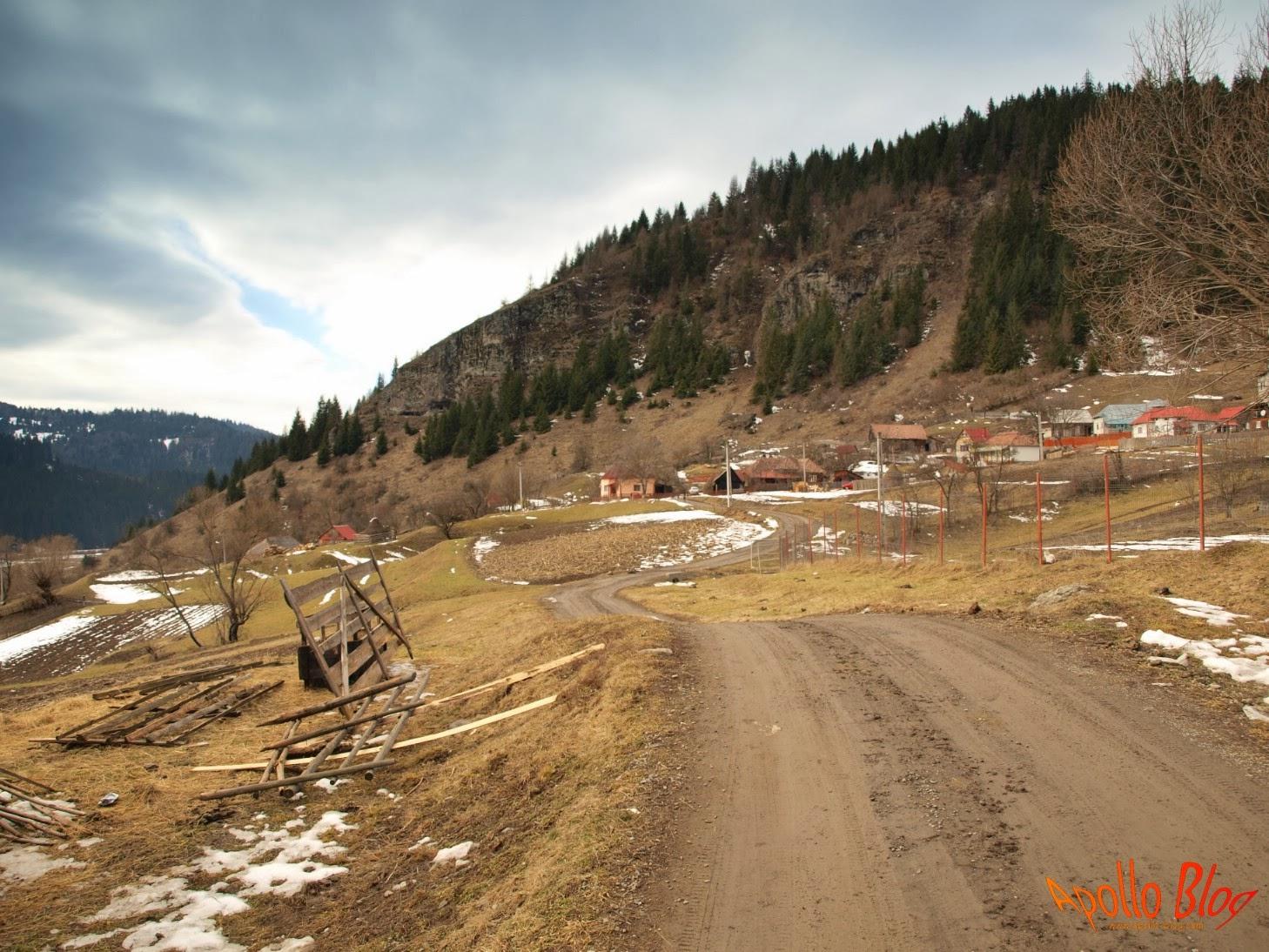 Drum prin munti