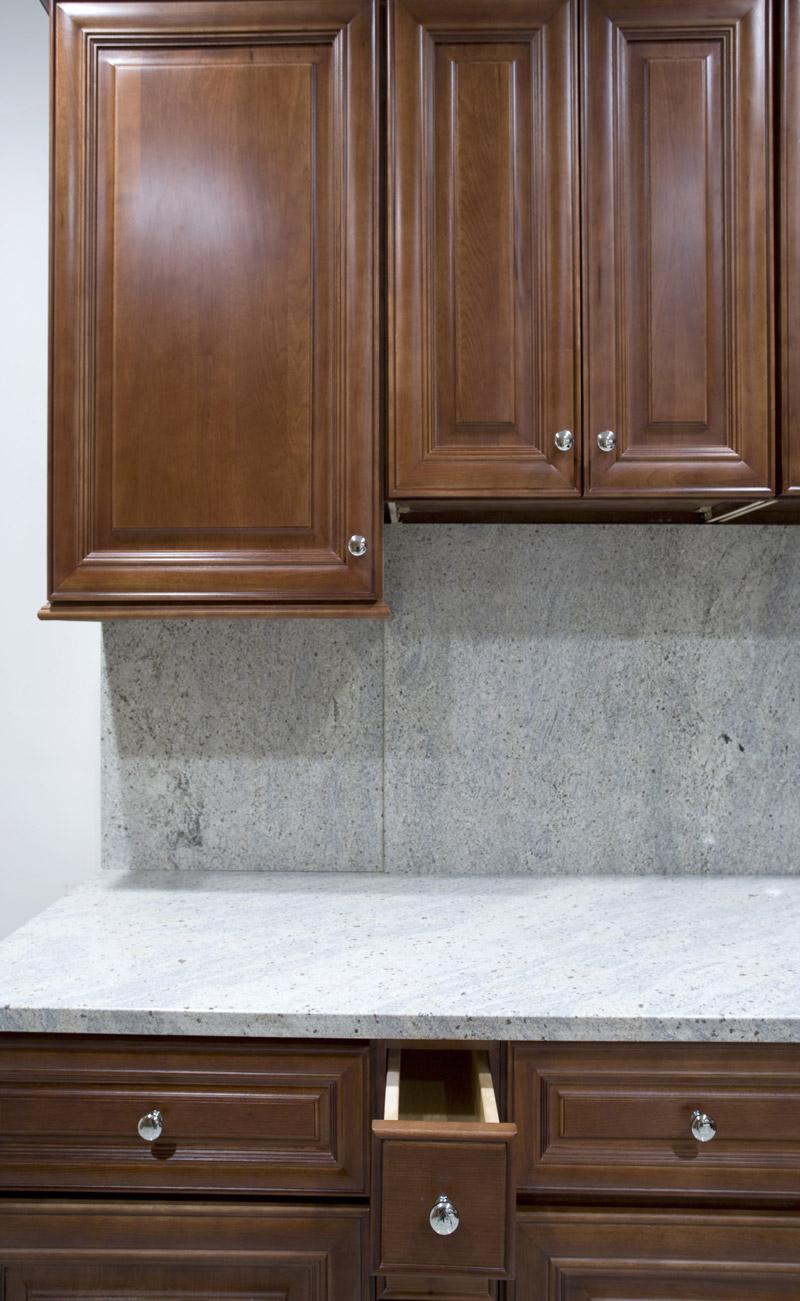 Kitchen and bath cabinets vanities home decor design ideas for Bathroom decor edmonton