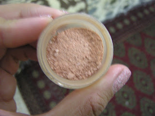 The Body Shop Blush crushed in a pot
