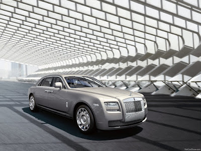 Rolls Royce car the ultimate luxury and royal car