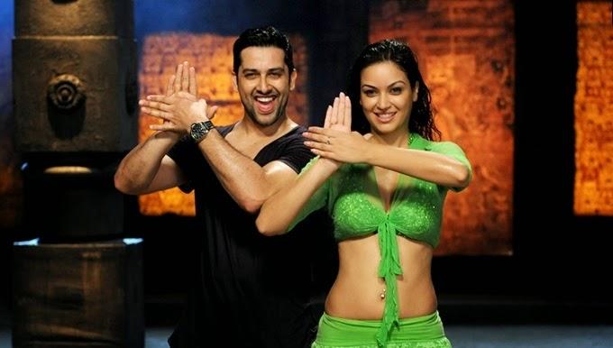 Maryam Zakaria Grand Masti dance pic, Maryam Zakaria Grand Masti, Maryam Zakaria hot pics, Maryam Zakaria Grand Masti sexy pics