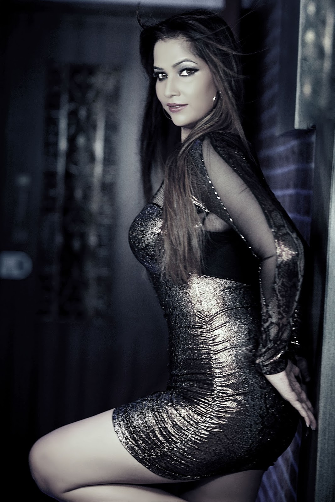 Tanisha Singh Hot Photoshoot Stills for Diwali 2013