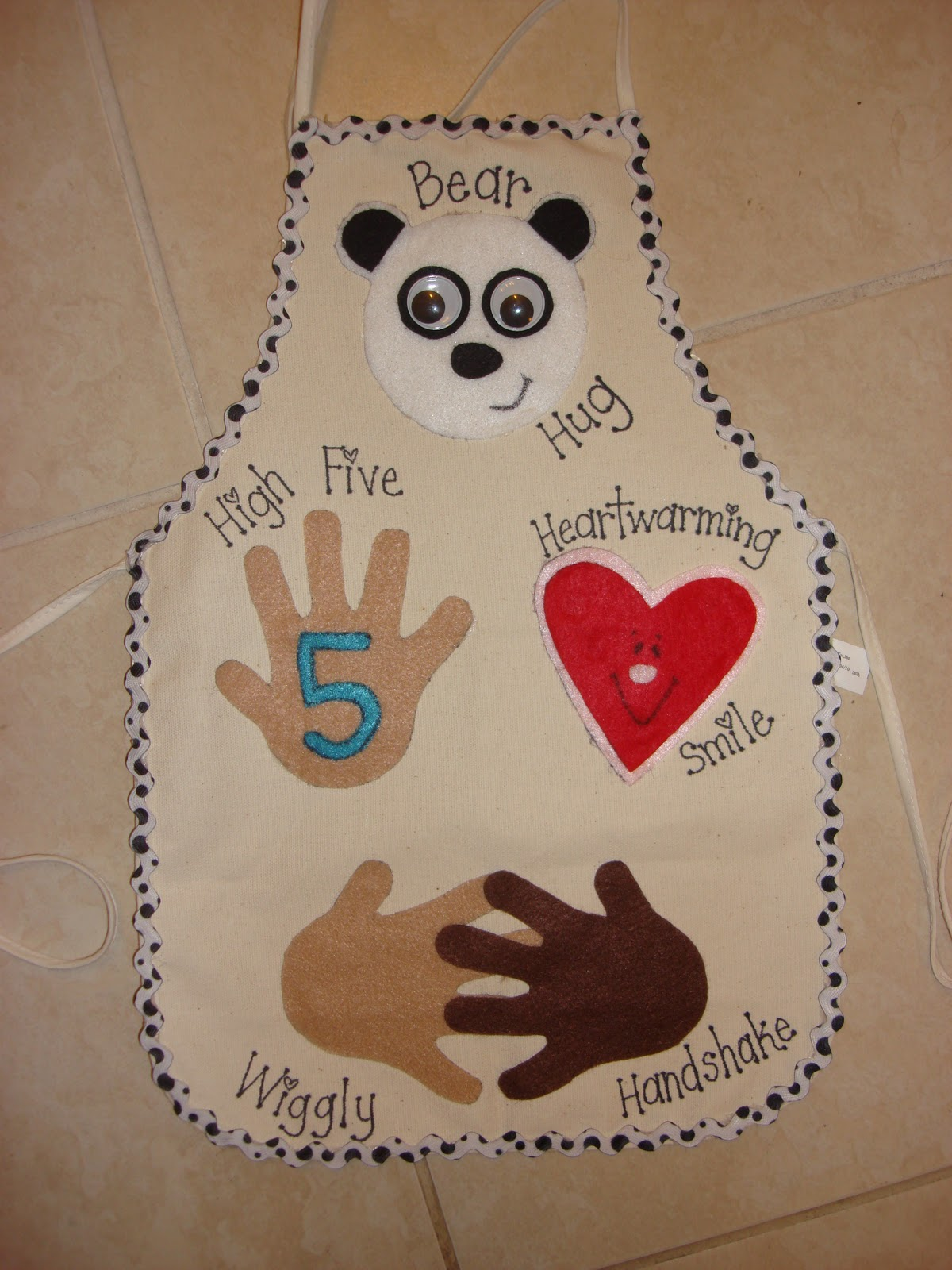 Classroom Greeting Ideas ~ The teaching bug aprons created by me