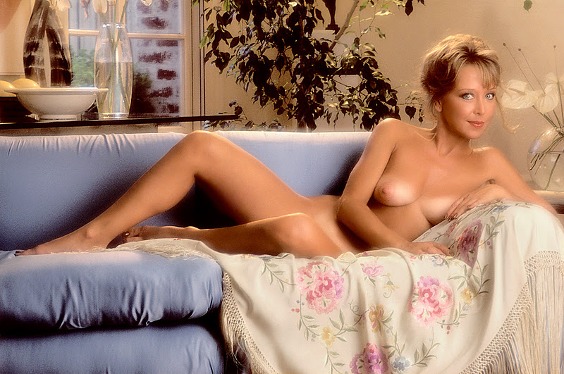 knuth nude shay