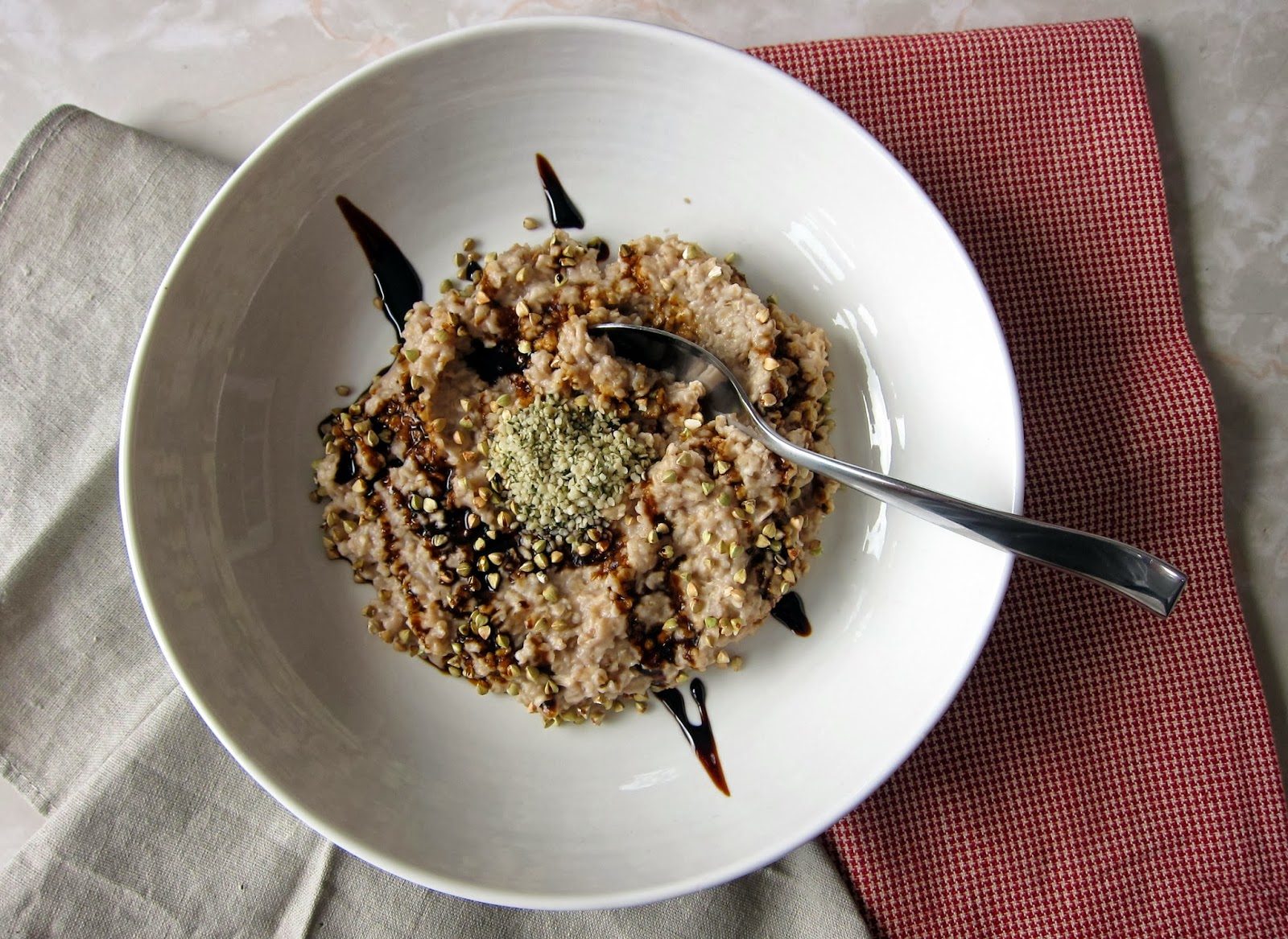 everyday oatmeal with lucuma and molasses