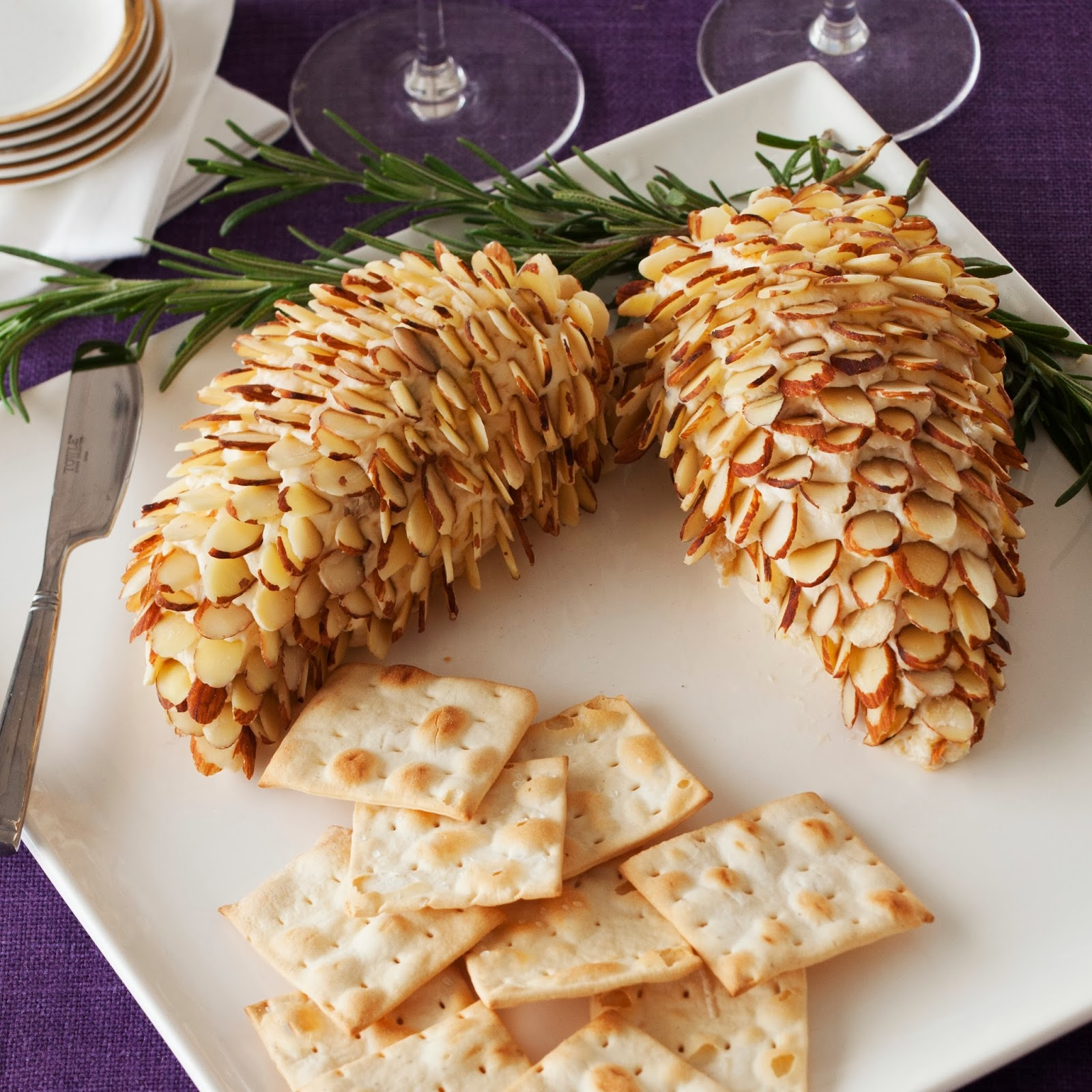 Stonewall Kitchen Holiday Appetizers Pinecone Cheese Ball