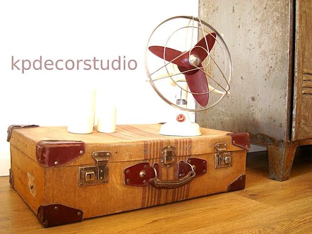 comprar maleta antigua para decoracion, ventilador antiguo retro