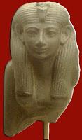التجارة فى مصر الفرعونيه القديمه  350px-HatshepsutStatuette_MuseumOfFineArtsBoston