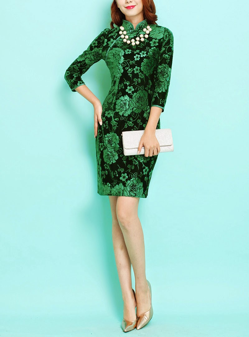 Green Velvet Three Quarter Sleeve Rose Pattern Cheongsam