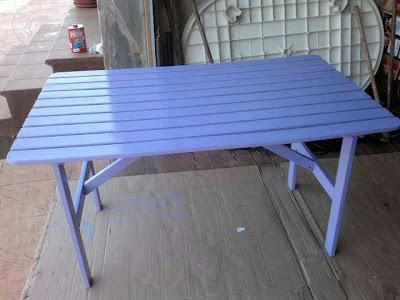 Depués de reciclar y redecorar una mesa de jardín