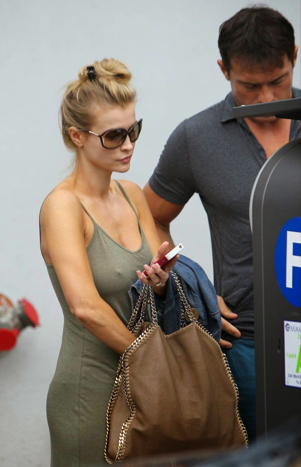 Joanna Krupa - Braless Candids in Miami