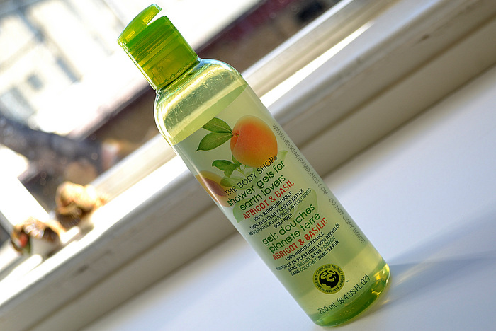 TBS Earth Lovers Apricot Basil Shower Gel Bath Body Products Indian Makeup Beauty Skincare Reviews Ingredients Blog