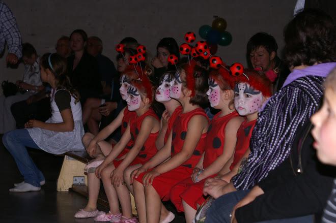 les coccinelles (danse créative 4/ 5 ans)