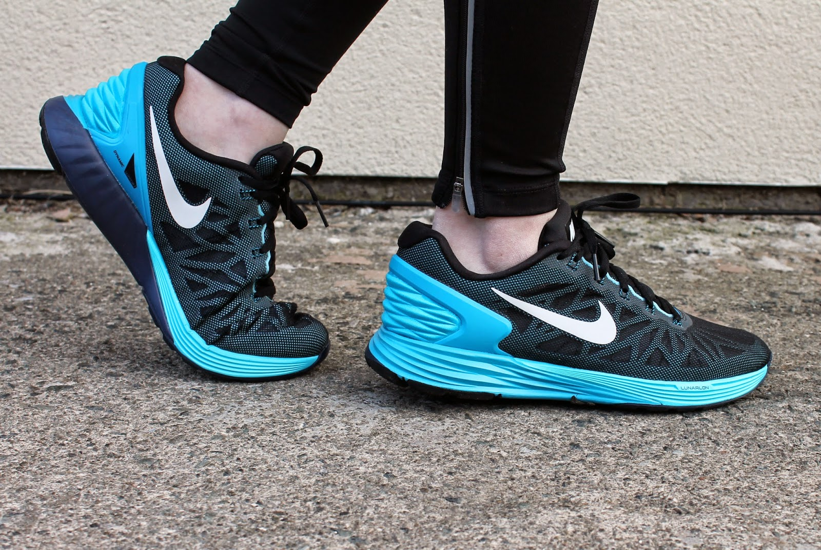 nike lunar glide womens trainers black and blue running shoes fashion blogger review