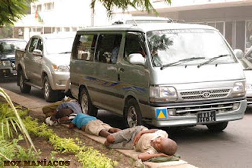 Dormindo na rua