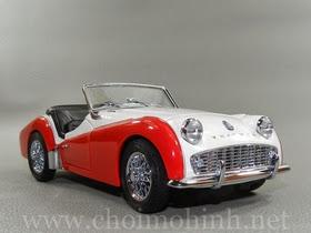 Xe mô hình tĩnh Triumph TR3A 1957 hiệu Kyosho tỉ lệ 1:18