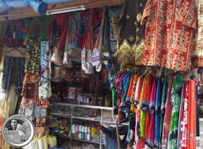 Oleh - oleh khas Kalimantan di Pasar Kebun Sayur