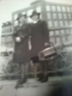 Liisa ja Hipa Tampereella 1942