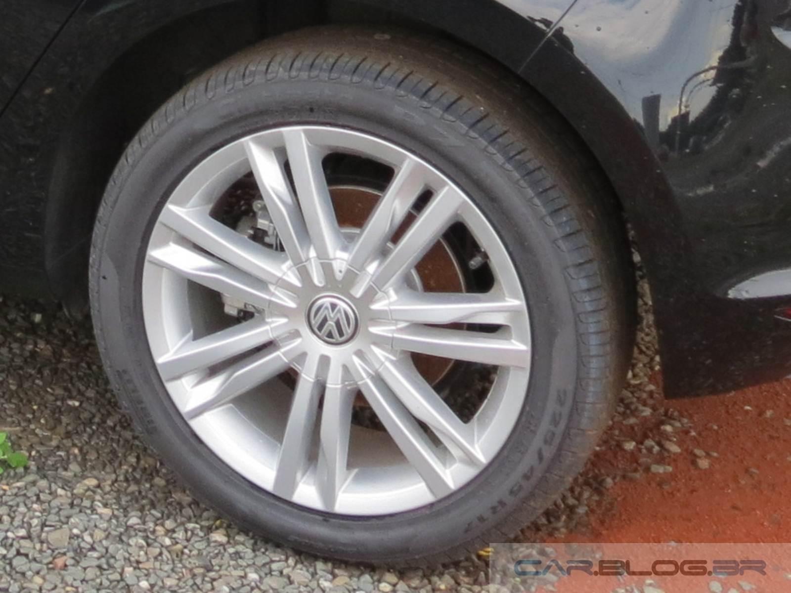 vw golf pneus apresentam bolhas em teste de longa dura o car blog br. Black Bedroom Furniture Sets. Home Design Ideas