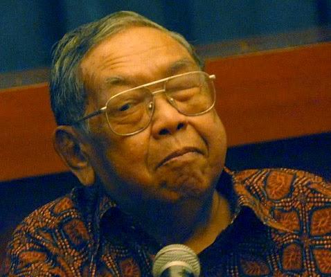 Mengenal KH. Abdurrahman Wahid (Gus Dur)