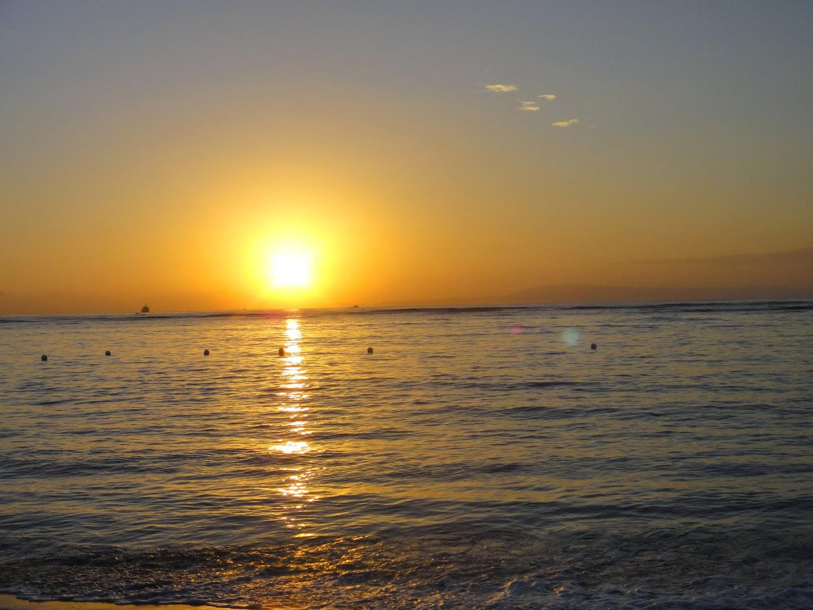 Sunrise in Bali at Tanjong Benoa Beach