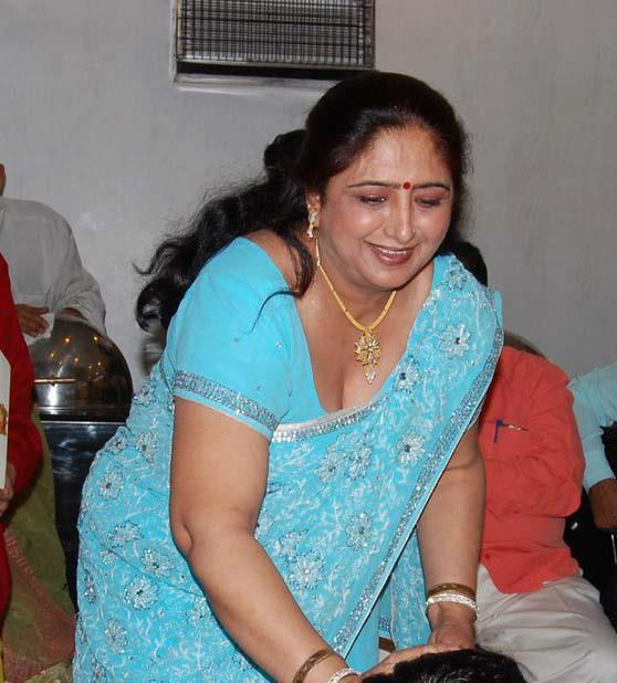 Aunties South Indian Desi Aunty Ki Hidden
