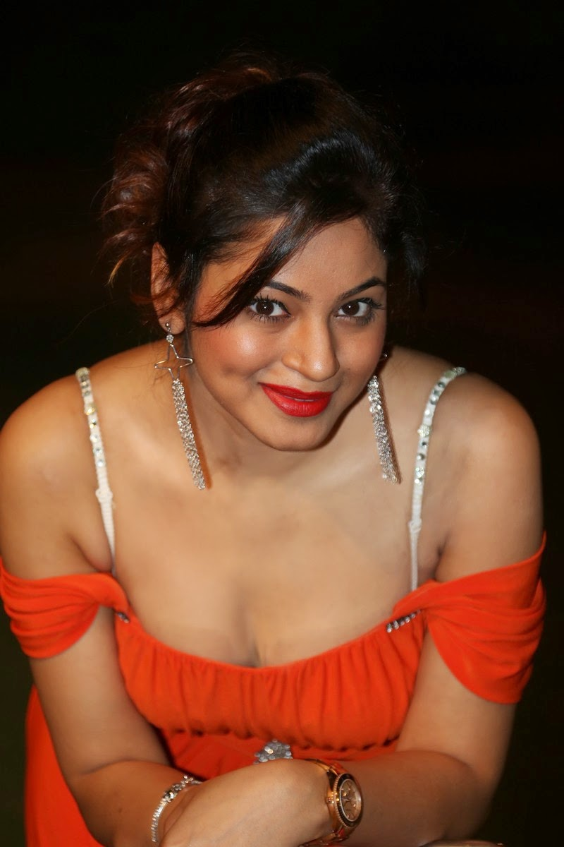 Shilpi Sharma Stills Photos HD Wallpapers ❤ ❤  ❤