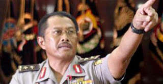 http://www.senkombangkalan.org/2013/04/nanan-soekarna-buka-diklat-nasional.html