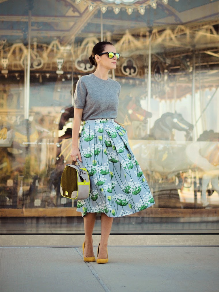 bittersweet colours, New York, full skirt trend, floral prints, COLORS, Meredith Wendell, Ann Taylor, Shoemint, DIY, mirrored sunglasses, street style, Brooklyn Bridge park, Tres Jewellery,