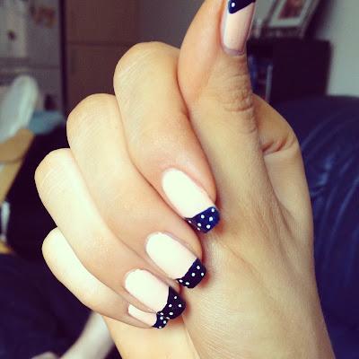 polka-dot-nail-tips