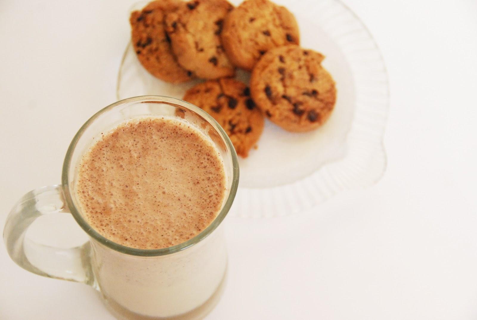 The Pink Doormat: Chocolate Chip Cookie Milkshake