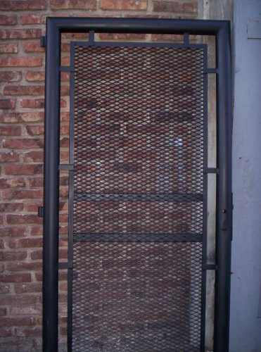 Rejas portones en zona oeste automatizacion abril 2013 for Modelos de rejas de fierro para puertas