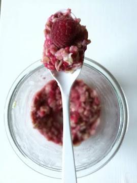 Porridge mit Himmbeeren