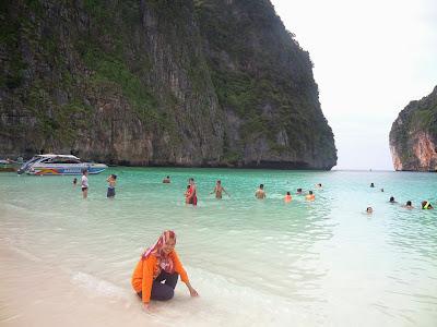 maya bay, phi phi island trip, pulau tercantik dunia