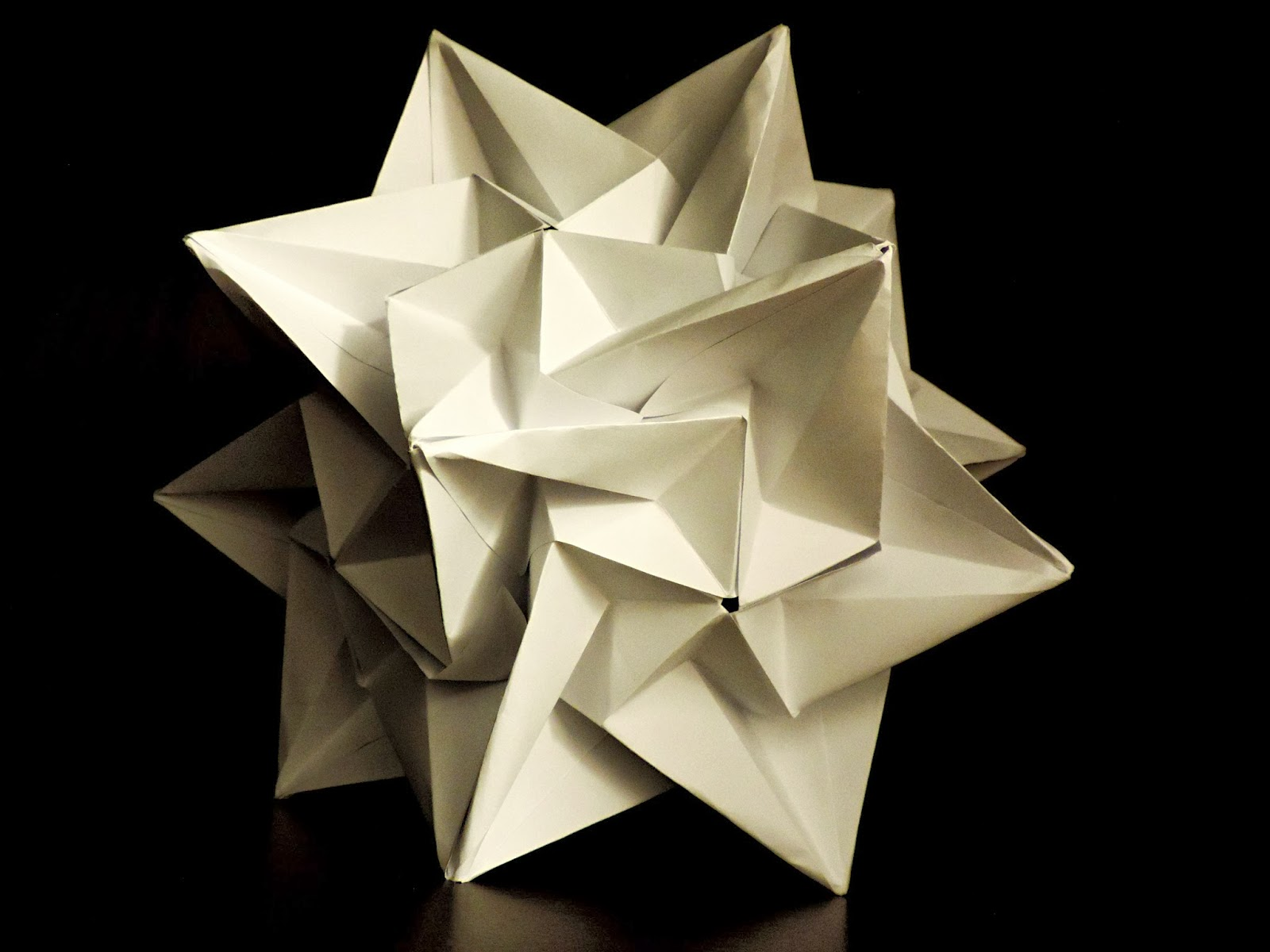 Made Up Of 30 Modular Units They Interlock Each Other So That The Model Could Maintain Its Structure Without Glues Threads