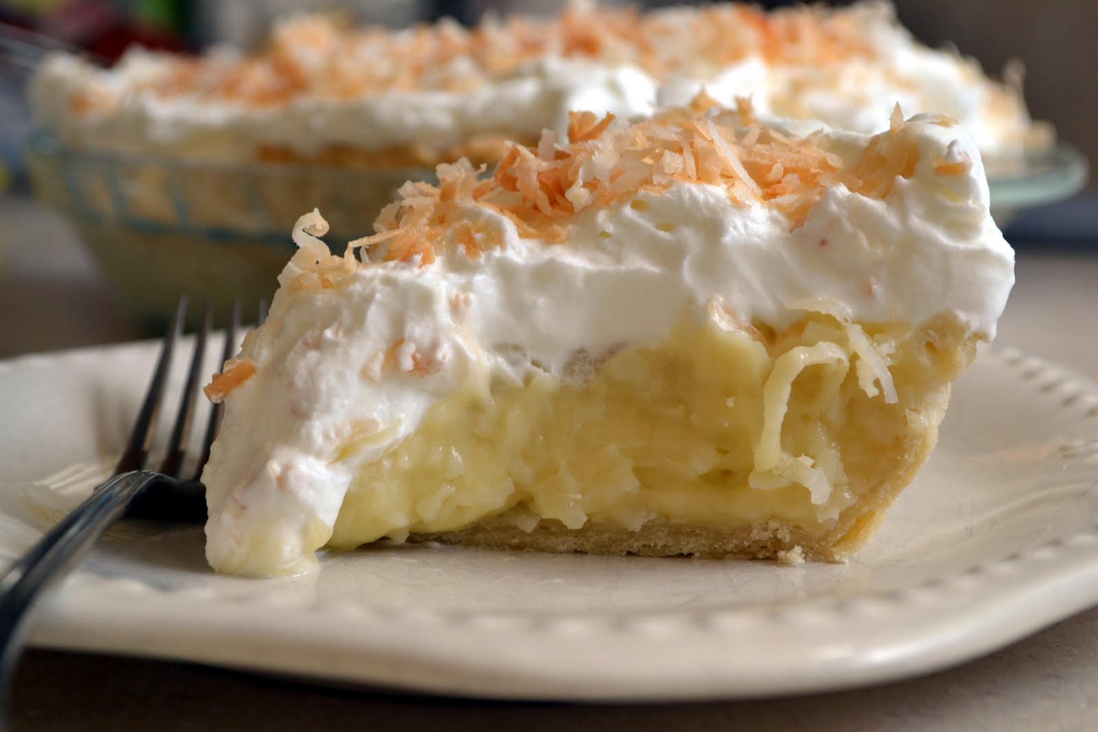 coconut+cream+pie+slice.jpg