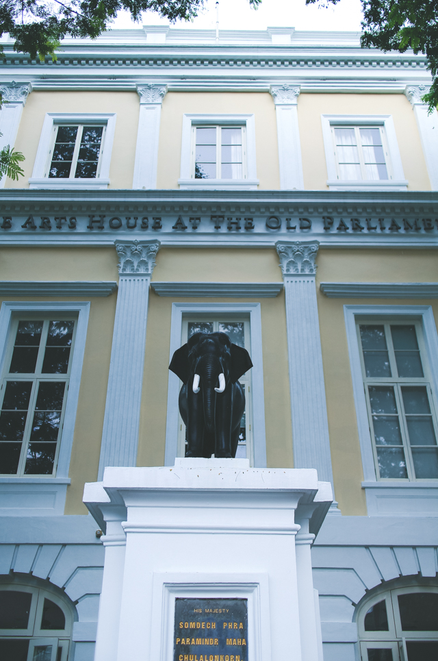 the Arts House at Old Parliament // Singapore. just another gorgeous example of the colonial architecture in this city!