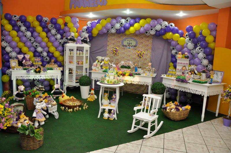 Guimarães Festas Personalizadas Fazendinha Lilás e amarelo