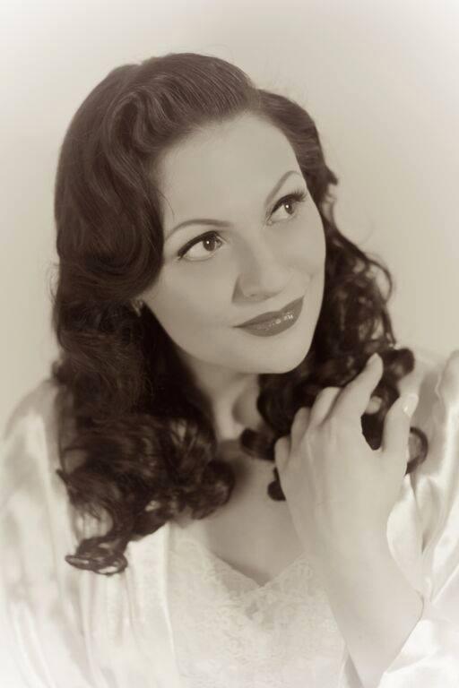 Valerie Gillies Kindig Measurements / Pin Up Fan: 20151205