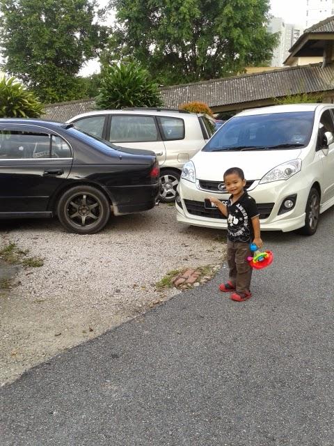 Aniq yang happy lepas jumpa doktor