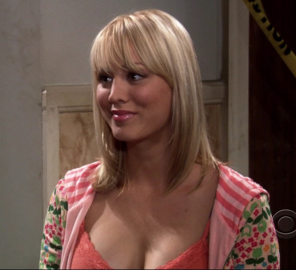 Hollywood All Stars Kaley Cuoco Hot Pictures In 2012