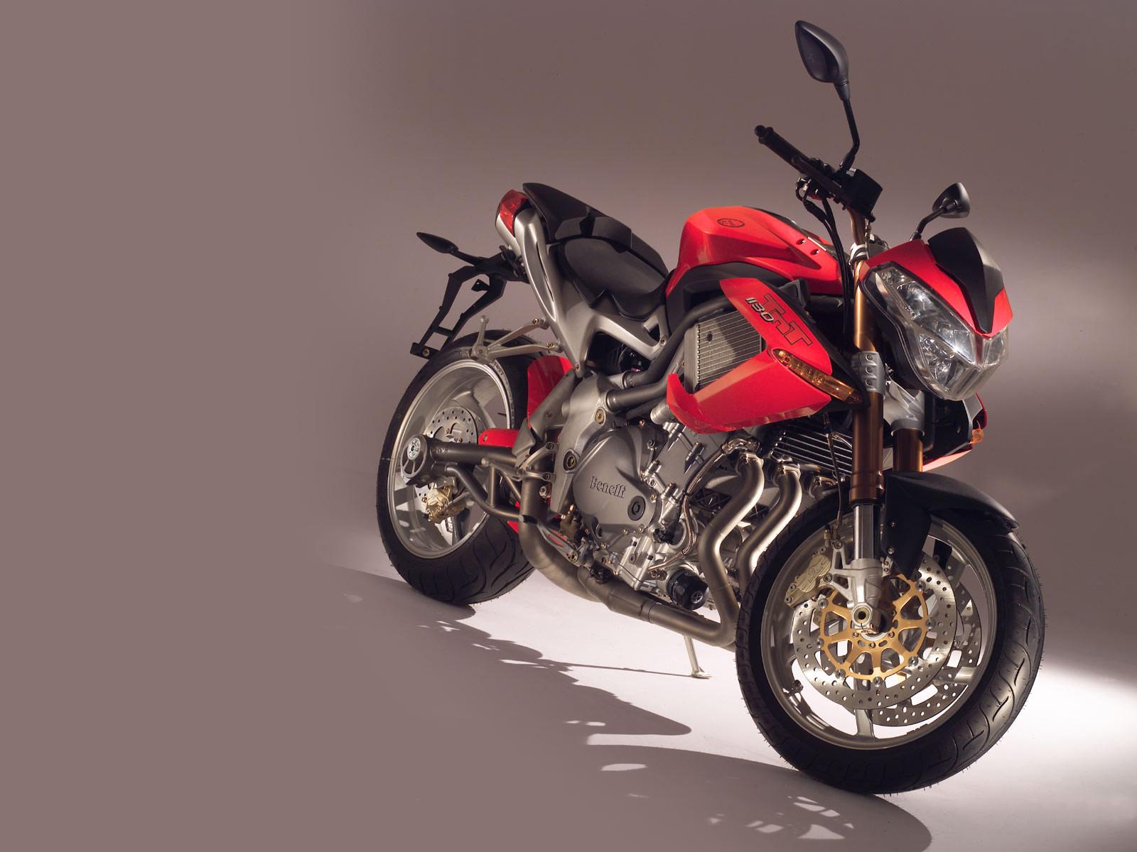 http://4.bp.blogspot.com/-mEj6koroImg/Tr28tF7pZ0I/AAAAAAAADwQ/Uc2M4HAYRkc/s1600/2005_Benelli-TNT-1130_motorcycle-desktop-wallpaper_01.jpg
