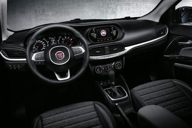 Novo Fiat Linea 2016 - interior - painel