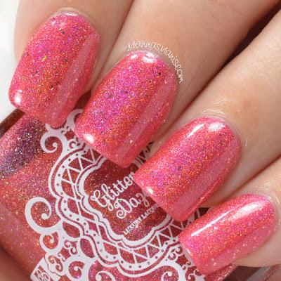 glitterdaze, pink linear holographic nail polish