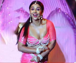 Vidya Balan Sexy