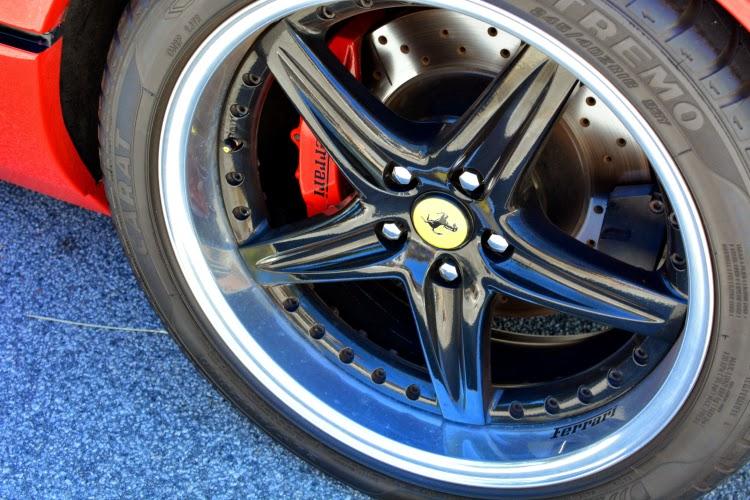 1982 Ferrari wheel